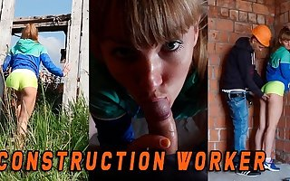Fit sweeping caught by a Version preparations worker when she masturbate