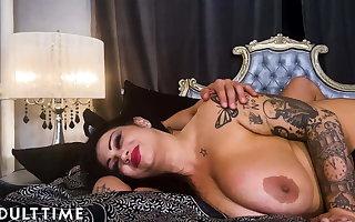 MODEL TIME - Samantha Mack Gets Dominated