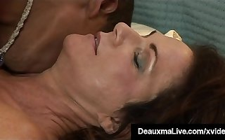 Hung Young Deadly Stud Fucks Hot Mature Mommy Deauxma!