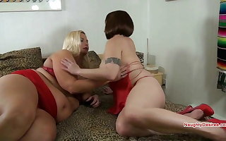 BBW Mature Lady in red has the brush pussy eaten by lesbian GF