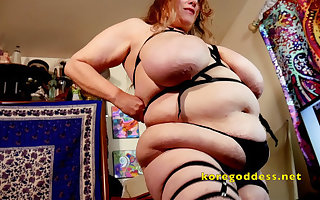 Kore God bigger than forever with monumental tits and intestines
