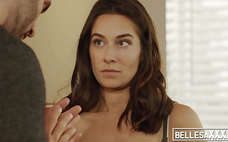 Inked pornstar Cassidy Klein blows dick before coarse sex