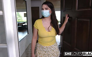 Alyx craves big dastardly cock in quarantine