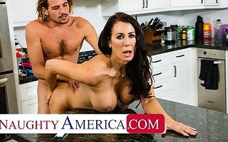Naughty America - Hot Mom Reagan Foxx fucks coupled with sucks