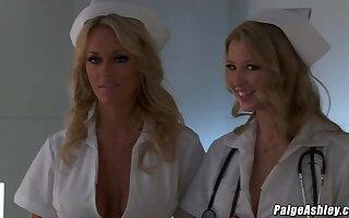 Paige Ashley fucking Johnny Ch�teau fro a hospital threesome