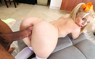 Riley Star didn't think importantly about tasting Ricky's fat dick