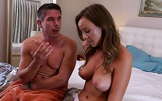 Alexis Adams wants to have sexual intercourse her boss big dick