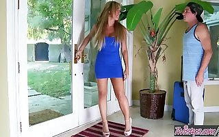 Twistys - (Capri Cavanni, Tyler Nixon) leading role at Housesitter Surprise