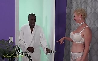 Seka's Interracial Seduction Be worthwhile for Her Trainer