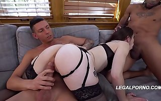 Big butt battle-axe Anastasia In the best of health gets her butthole, pussy & feature fucked by 3