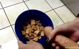 Futanari Fantasies : Cumming On My Cereal : A Sneak Glisten