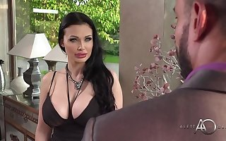 Aletta Deep blue sea takes it in transmitted to ass - alettAOceanLive