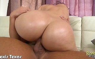 Blonde Alexis Texas suck and fuck a big unearth